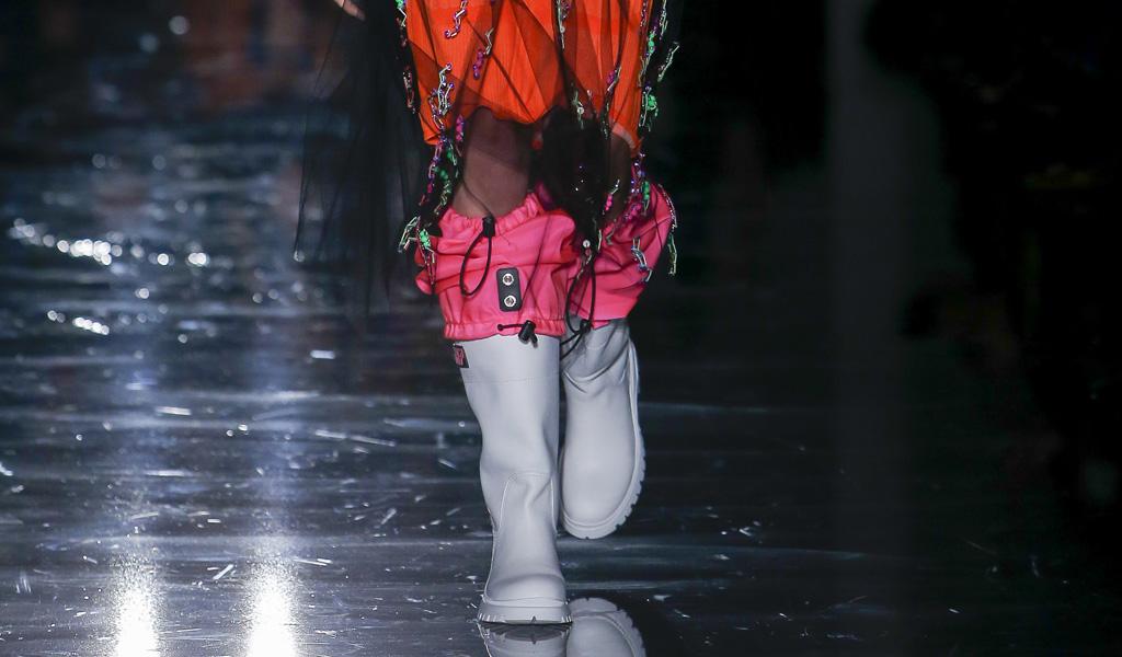 Cizmele de cauciuc revolutioneaza moda sezonului toamna-iarna 2018/2019